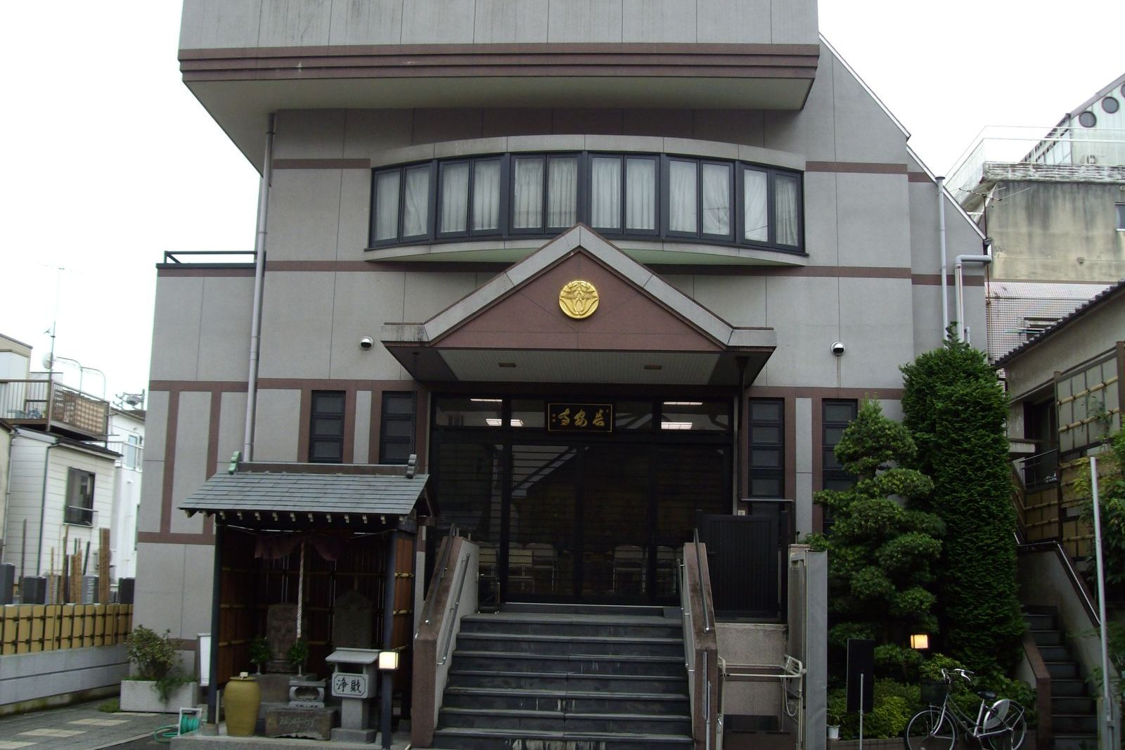 常泉寺釈迦殿